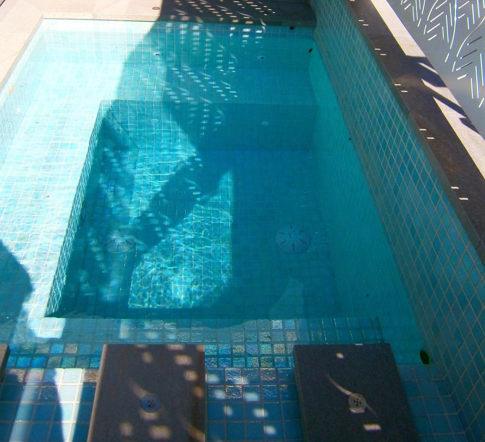 Avoca Glass Blade Pool